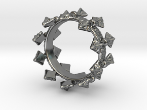 Ring of Blades in Premium Silver: 6.5 / 52.75