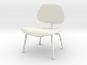 Miniature Eames LCM -  Leather - Charles Eames in White Natural Versatile Plastic: 1:12
