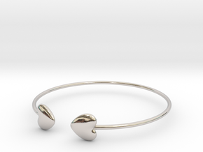 Everything heart bracelet in Platinum
