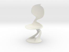 Smooth Chair in White Natural Versatile Plastic: Medium
