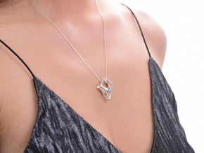 HEART TO HEART Sharpy, Pendant. Sharp Elegance in Polished Silver
