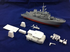 HMCS Kingston, Details 1 of 2 (1:200, RC) in White Processed Versatile Plastic
