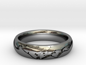 Men's Wedding Ring - Mountain Engraved in Fine Detail Polished Silver: 8.5 / 58