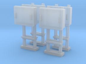 TJ-H04679x4 - Boitiers STM sur poteaux métalliques in Smooth Fine Detail Plastic