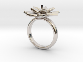 Ring Lily in Rhodium Plated Brass: 5.5 / 50.25