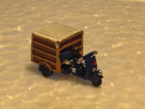 N Scale Piaggio Ape w/ Closed Trunk in Frosted Ultra Detail
