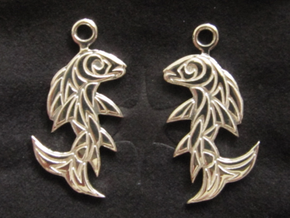 Shard Fish Earrings (Embossed) in Polished Silver