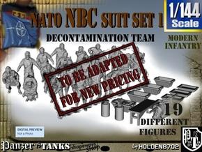 1-144 NATO NBC Suit Set 1 in Transparent Acrylic