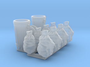 Trash cans & trash bags. HO scale 1:87 in Smooth Fine Detail Plastic
