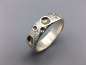 Moon Ring in Natural Silver: 8 / 56.75