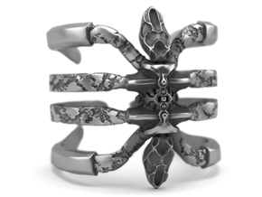 Recluse - Detailed Sterling Silver Ring in Polished Silver: 8.5 / 58