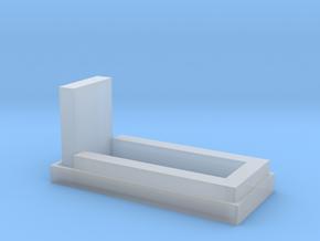 Grab mit Einfassung, Grabstein und Hecke 1:120 in Smooth Fine Detail Plastic