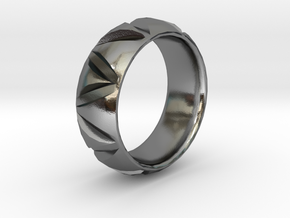 Tribal Triangle Design Band in Polished Silver: 6 / 51.5