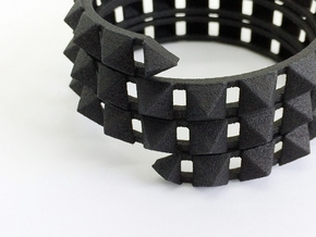 Urban Chic - Rivet Wrap Cuff Bracelet in Black Natural Versatile Plastic