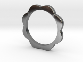 Flower Power Ring S/M 17mm in Polished Silver