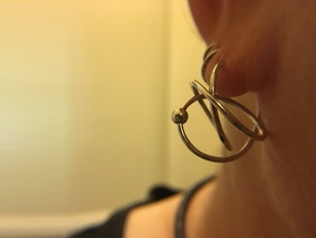 Hoop Knot Earring in Polished Silver