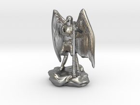 Aarakocra in Leather with Staff, Mace, & Crossbow in Natural Silver
