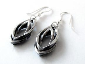 Leaf earrings in Polished Silver