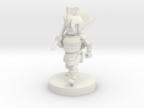 Gnome Female Fighter with Mace in White Natural Versatile Plastic