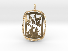 Tableau Famille Pendant in 14k Gold Plated Brass