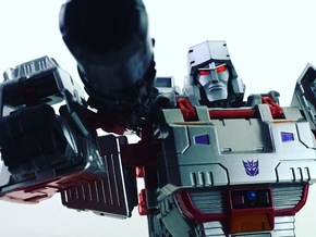 TR Faceplate & Helm for CW Megatron (G1) in Black Hi-Def Acrylate