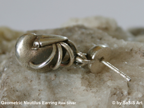 Nautilus Earring in Natural Silver (Interlocking Parts)