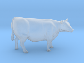 1/64 Yearling Heifer 05 in Smooth Fine Detail Plastic