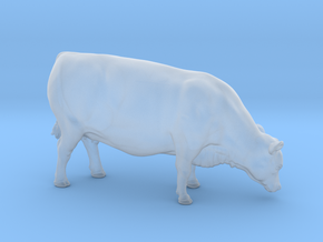 1/64 Yearling Heifer 04 in Smooth Fine Detail Plastic