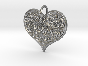 Filigree Engraved Heart pendant in Natural Silver