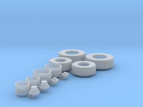 H0 1:87 Straßenreifen für Wiking John Deere 7R in Smooth Fine Detail Plastic