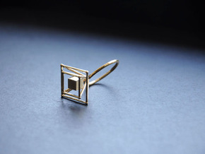 Levitating cube size 56 in Natural Brass