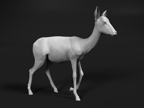 Impala 1:12 Walking Female in White Natural Versatile Plastic