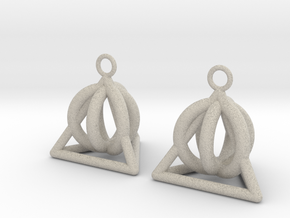Pyramid triangle earrings serie 3 type 2 in Natural Sandstone