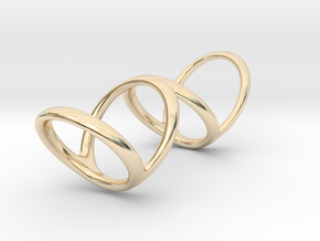 Ring for Bob L1 1 1-4 L2 1 3-4 D1 6 1-2 D2 9 1-4 D in 14k Gold Plated Brass