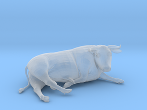 Bull Lying Down in Smooth Fine Detail Plastic: 1:64 - S