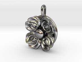 Floral Spinner Pendant in Polished Silver (Interlocking Parts)