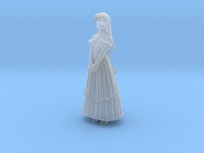 1/24 Lady in Evening Gown in Smooth Fine Detail Plastic