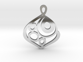"""One becomes three"" Pendant in Fine Detail Polished Silver"