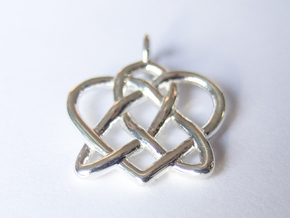 Celtic Heart pendant in Polished Silver