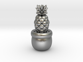 Little Pineapple in Natural Silver