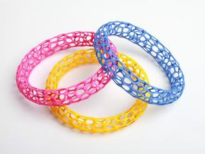 3 Mesh bracelets in White Strong & Flexible