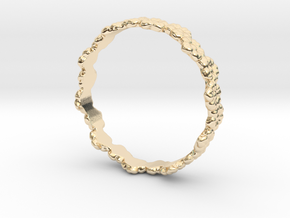 flower ring in 14K Yellow Gold: 4.5 / 47.75