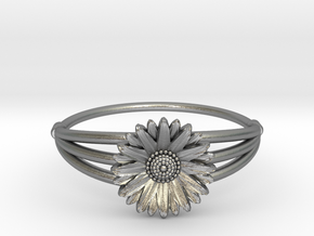 Daisy - The Ring of April in Natural Silver