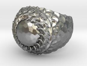 Dragon armor in Natural Silver: 7.5 / 55.5