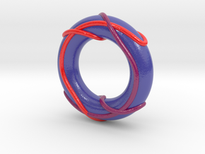 Color Linked Trefoils on Torus in Glossy Full Color Sandstone