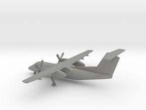 Bombardier Dash 8 Q200 in Gray Professional Plastic: 1:200