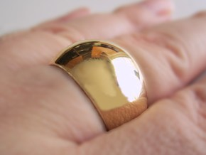 Sphere Ring v2 in Polished Brass