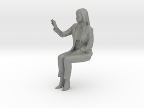 O Scale Sitting Woman in Gray Professional Plastic