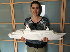 MS Arkona, Hull - Front End (1:200, RC) in White Natural Versatile Plastic