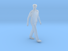 O Scale Walking Man in Smooth Fine Detail Plastic